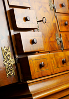 antique chest of darwers